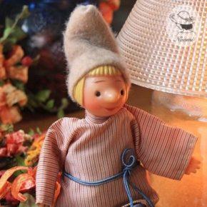 ロシア民話のビンテージの人形