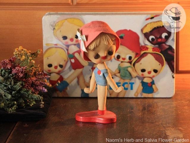森永セレクトビスケットの缶 ポーズ人形たち