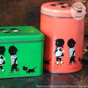 イップとヤケネのビンテージ缶