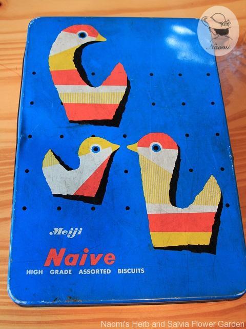 明治ナイーブビスケットの缶 水鳥デザイン