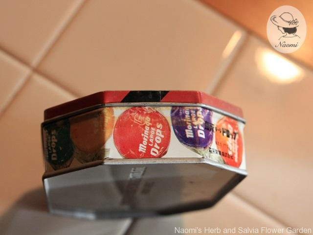 森永ラージドロップの缶