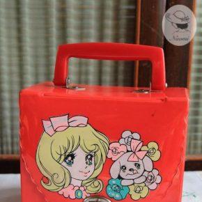 昭和レトロな女の子のおしゃれバッグ