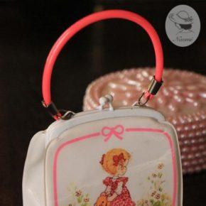 昭和レトロな女の子のおしゃれミニバッグ