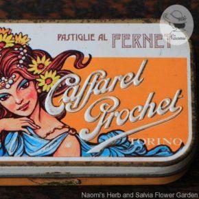 カファレル プロシェのビンテージ缶①