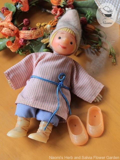 笛ふきイワーヌシカ ビンテージ人形