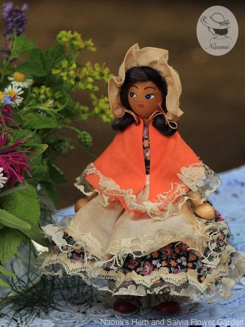 ポーランド 木のビンテージ人形